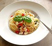 Schnelle Tomaten-Mozzarella-Pasta (Bild)