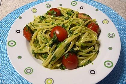 Nudeln mit Spinat, Schafskäse und Tomate 9