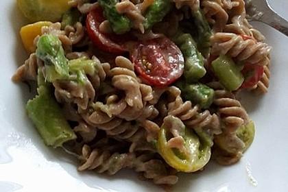 Sehr aromatische Pasta mit grünem Spargel 14