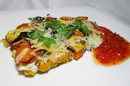 Gemüseauflauf mit Eiern (Bild)