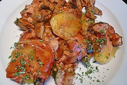Gyrosauflauf mit Kartoffeln