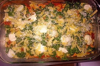 Gnocchi-Auflauf mit Tomatensoße, Gorgonzola und Blattspinat 2