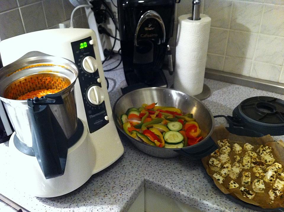 Sommerküche Thermomix : Schafskäse mit paprika tomatengemüse auf reis aus dem thermomix von