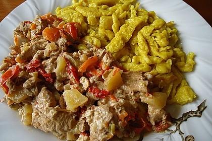 Curryspätzle mit Hähnchen und Ananas