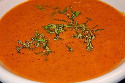 Leichte Zucchini-Tomaten Suppe 1