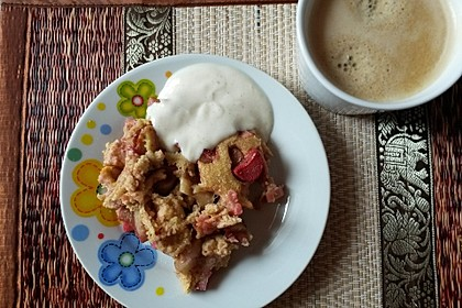 Rhabarber-Dessert, gebacken