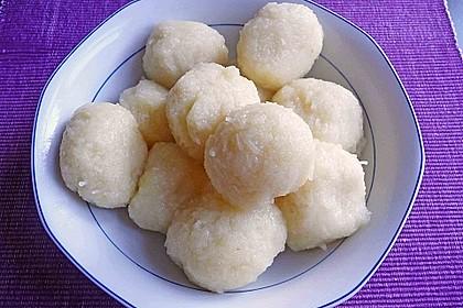 Kartoffelknödel halb und halb nach Uromas Art 1