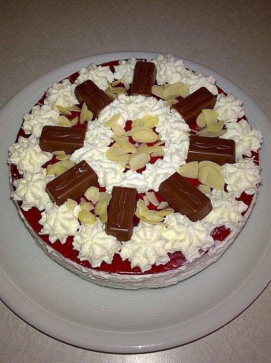 Kleine Erdbeer Yogurette Torte Mal Anders Von Ela2809 Chefkoch De