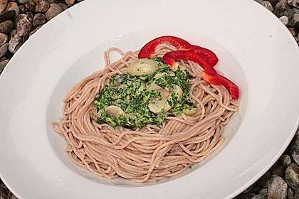 Pasta mit Champignon-Spinat-Käse-Sauce 9