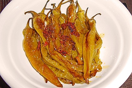 Peperoni im Ofen oder auf dem Grill gebacken 5