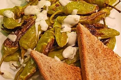 Peperoni im Ofen oder auf dem Grill gebacken