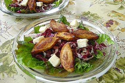 Blattsalate mit Hähnchenstreifen und cremigem Heidelbeerdressing 12