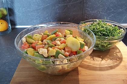 Hähnchenfilet mit Kartoffel-Bohnen-Salat 14