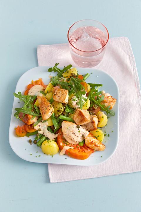 H-hnchenfilet-mit-Kartoffel-Bohnen-Salat