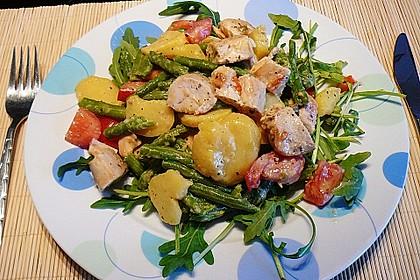 Hähnchenfilet mit Kartoffel-Bohnen-Salat 4