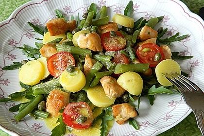 Hähnchenfilet mit Kartoffel-Bohnen-Salat