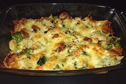 Brokkoli - Blumenkohl - Auflauf mit Thüringer Bratwurst (Bild)