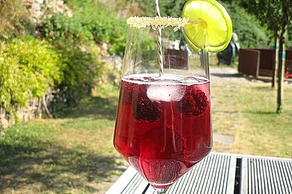 Chilled Berry Cocktail 1