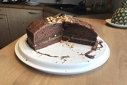 Erdnuss-Karamell-Schokoladentorte 4