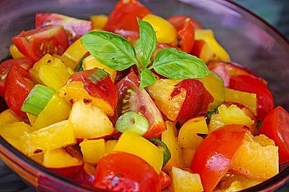Paprika-Pfirsich-Salat 1