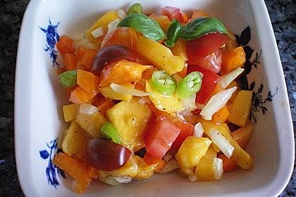 Paprika-Pfirsich-Salat 6