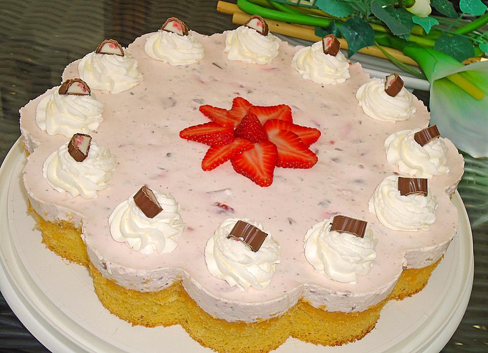 Erdbeer Yogurette Torte Von Bigbossman Chefkoch De
