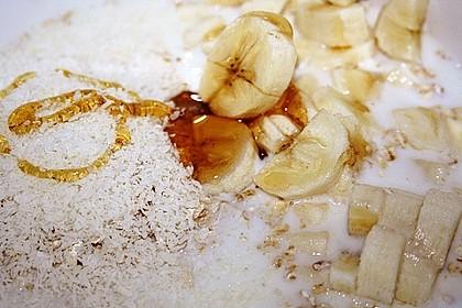 Bananen-Kokos-Porridge 9