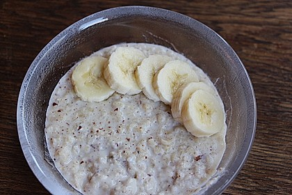 Bananen-Kokos-Porridge 7