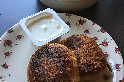 Couscous-Bratlinge mit Käse 74