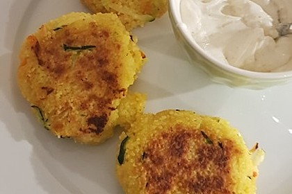 Couscous-Bratlinge mit Käse 52