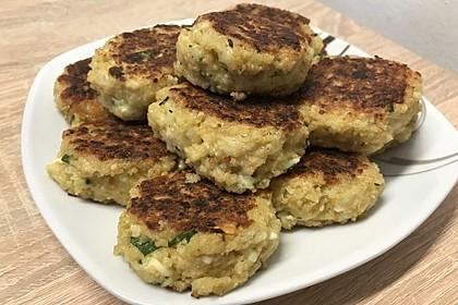 Couscous-Bratlinge mit Käse 12