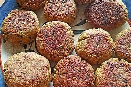 Couscous-Bratlinge mit Käse 77