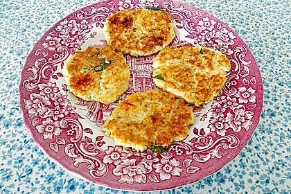 Couscous-Bratlinge mit Käse 75