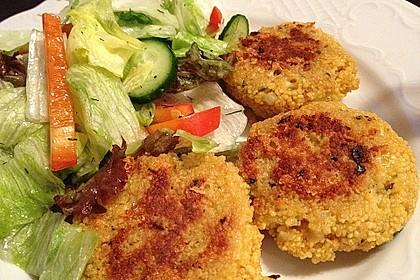 Couscous-Bratlinge mit Käse 7
