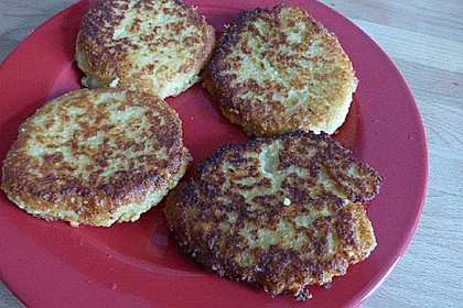 Couscous-Bratlinge mit Käse 81