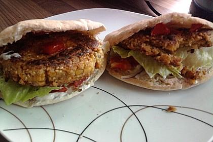 Kichererbsen-Burger 1