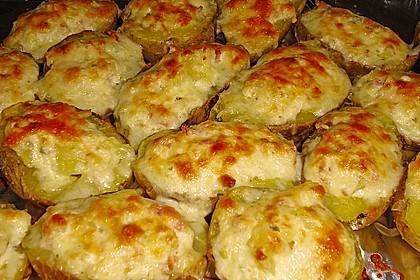 Amerikanische mit Bacon und Käse gefüllte Backkartoffeln 1