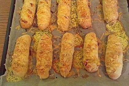Käsebrötchen mit Füllung (Bild)