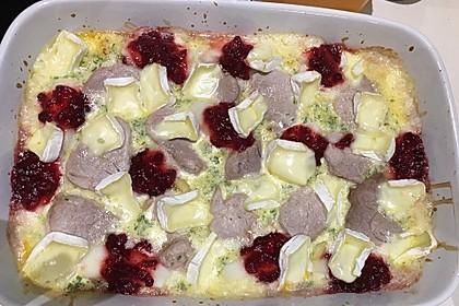 Schweinefilet-Gnocchi-Birnen-Preiselbeer-Brie-Gratin 4