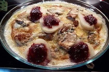 Schweinefilet-Gnocchi-Birnen-Preiselbeer-Brie-Gratin 14