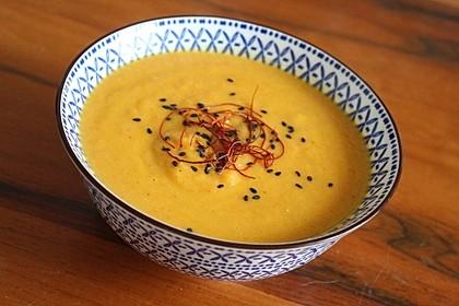 Kürbis-Karotten-Kokos-Ingwer Suppe (Bild)