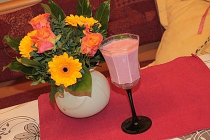 Kirsch-Smoothie oder Kirsch-Joghurt Getränk
