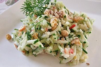 Gurken-Apfel Salat mit Wasabi-Joghurtdressing