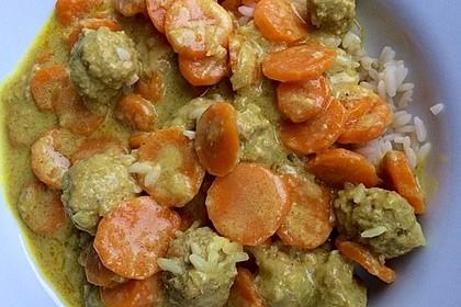 Hackbällchen in Möhren-Currysoße 50