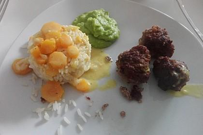 Hackbällchen in Möhren-Currysoße 51