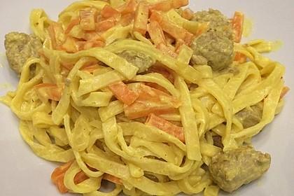 Hackbällchen in Möhren-Currysoße 57