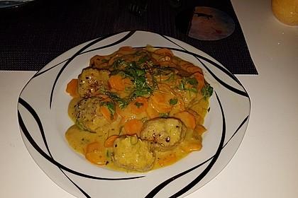 Hackbällchen in Möhren-Currysoße 16