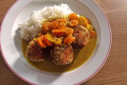 Hackbällchen in Möhren-Currysoße 10