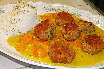 Hackbällchen in Möhren-Currysoße 4