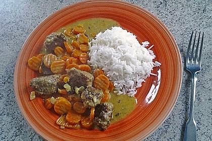Hackbällchen in Möhren-Currysoße 21